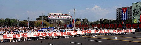 Cubans march in Plaza de la Revolución